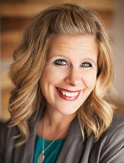 Tyndale   Authors   Courtney Walsh