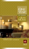 Cover: The One Year New Testament for Busy Moms NLT