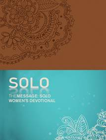 The Message: SOLO Women's Devotional: Leather-Look, Tan
